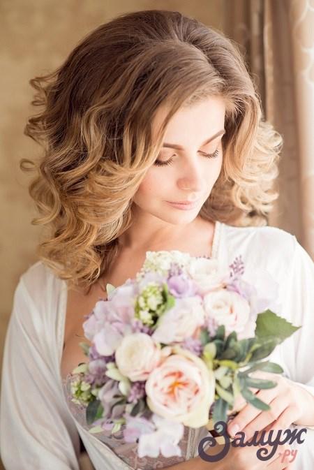 Свадебные причёски на короткие волосы — локоны
